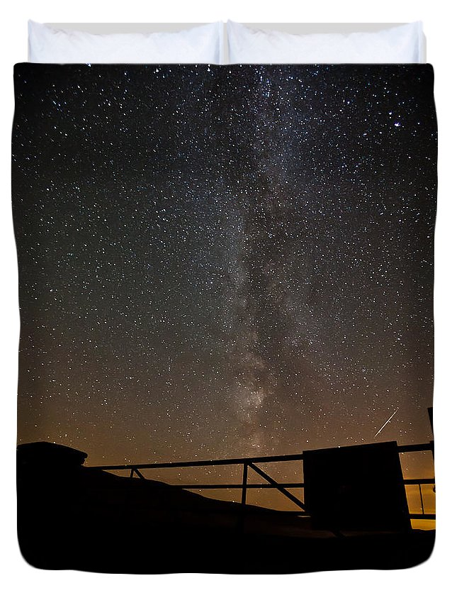 Astrophotography Duvet Cover featuring the photograph Milky Way Behind The Gate by Beverly Cash