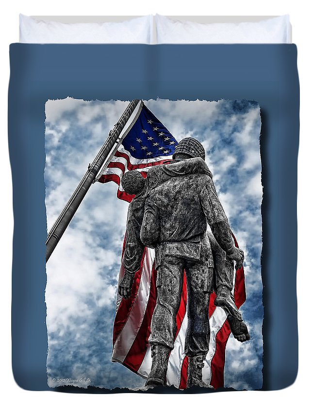 Usa Duvet Cover featuring the photograph Never Forget by Wayne Gill