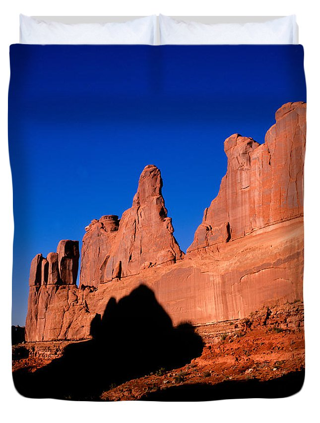Arches National Park Duvet Cover featuring the photograph Park Avenue's Courthouse Towers by Tracy Knauer