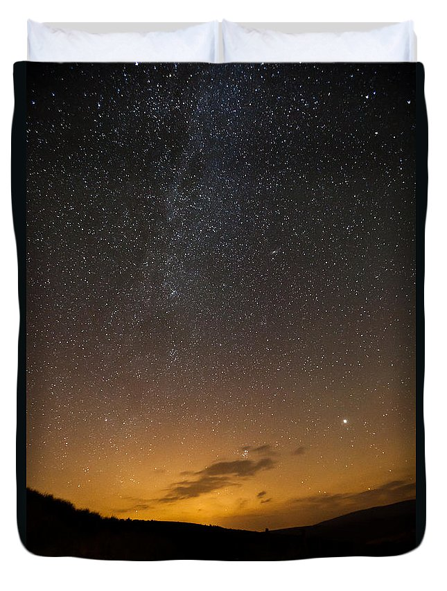 Astrophotography Duvet Cover featuring the photograph Road To The Milky Way by Beverly Cash