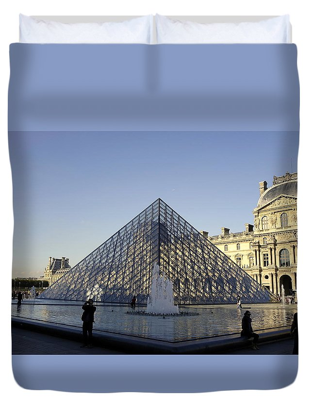 Paris Duvet Cover featuring the photograph The Glass Pyramid Of The Musee Du Louvre In Paris France by Richard Rosenshein