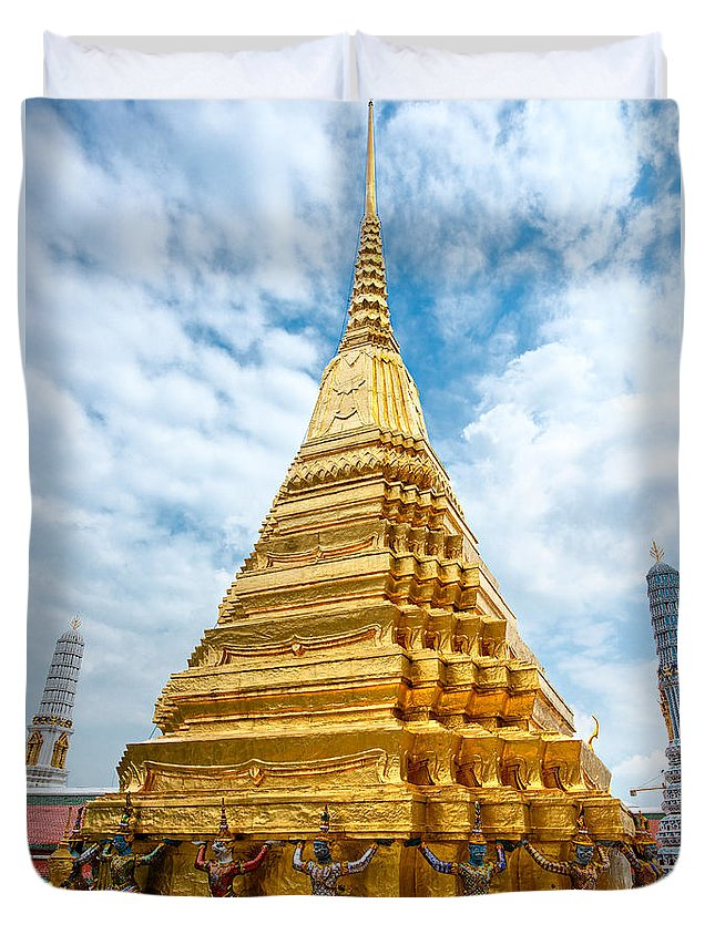 Ancient Duvet Cover featuring the photograph Wat Phra Kaeo Temple - Bangkok by Luciano Mortula