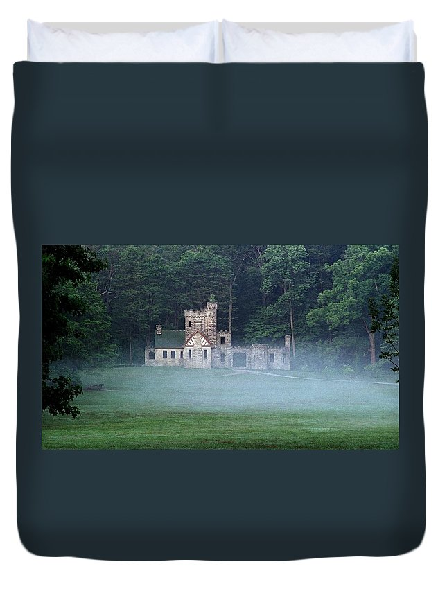 Squire Duvet Cover featuring the photograph 070506-42 by Mike Davis