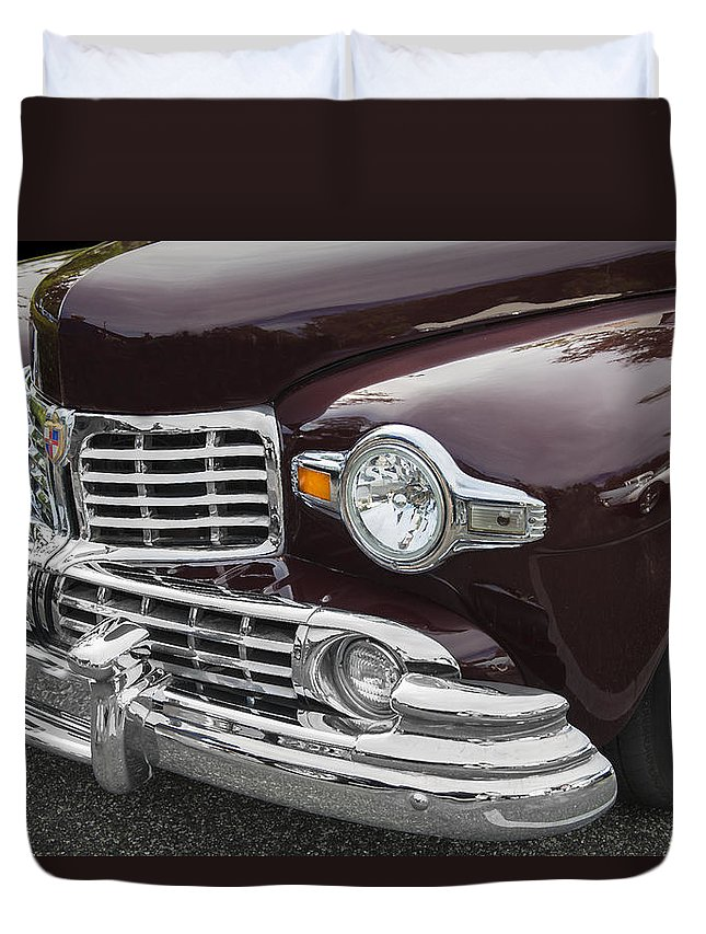 Lincoln Duvet Cover featuring the photograph 1947 Lincoln Continental by Rich Franco