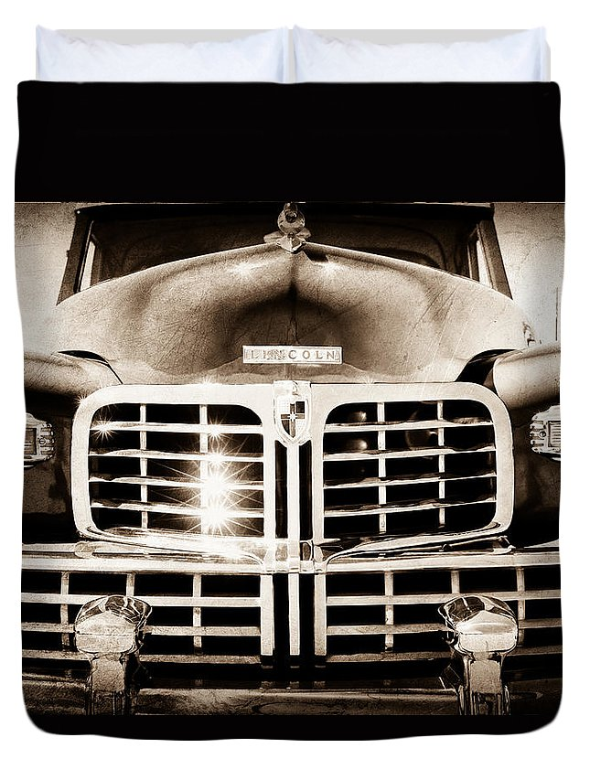 1948 Lincoln Continental Grille Emblem Duvet Cover featuring the photograph 1948 Lincoln Continental Grille Emblem by Jill Reger