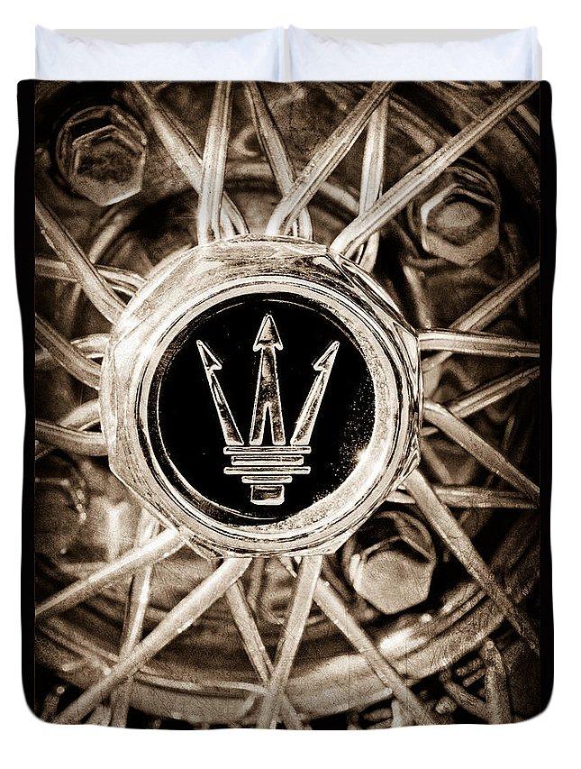1954 Maserati A6 Gcs Wheel Rim Emblem Duvet Cover featuring the photograph 1954 Maserati A6 Gcs Wheel Rim Emblem by Jill Reger