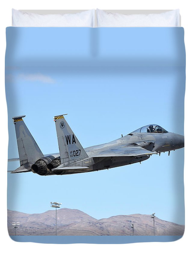 Nellis Air Force Base Duvet Cover featuring the photograph A U.s. Air Force F-15c Eagle Taking by Riccardo Niccoli