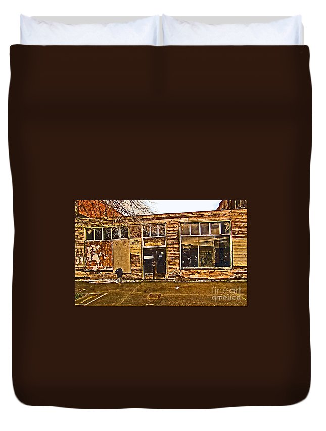 Derelict Duvet Cover featuring the photograph Abandoned Building by Tracy Long
