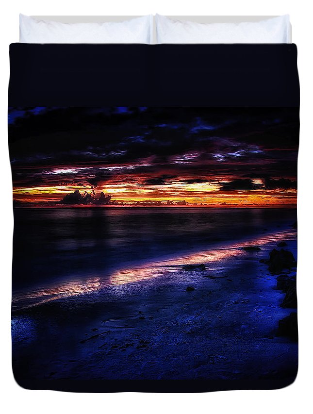 America Duvet Cover featuring the photograph Beach 10 by Ingrid Smith-Johnsen