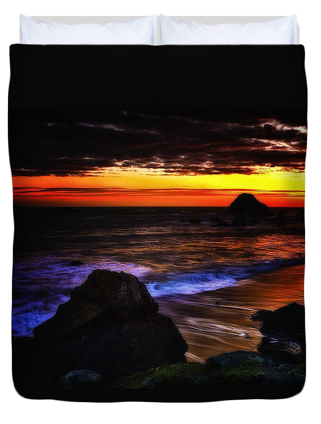 America Duvet Cover featuring the photograph Beach 14 by Ingrid Smith-Johnsen