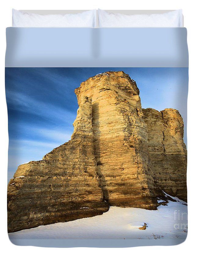 Monument Rocks Duvet Cover featuring the photograph Blue Skies At Monument Rocks by Adam Jewell