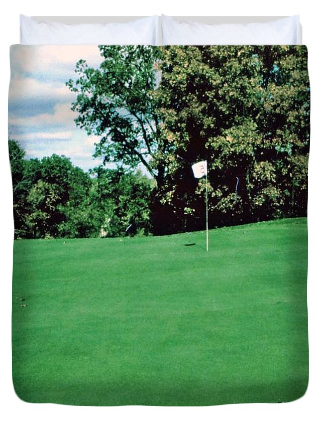 Golf Duvet Cover featuring the photograph Brookhill Golf Course by Gary Wonning