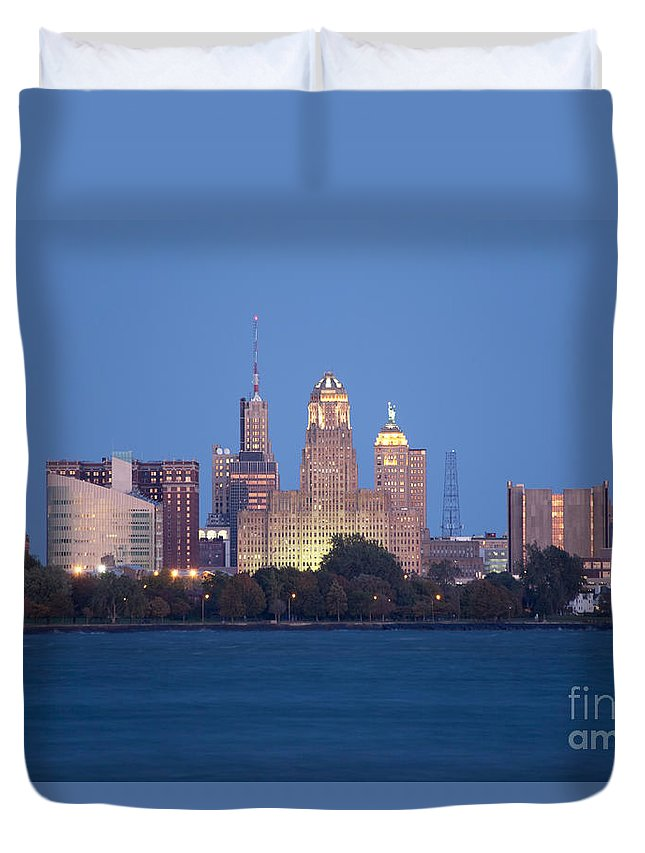 New York Duvet Cover featuring the photograph Buffalo Skyline From Fort Erie At Dusk by Bill Cobb