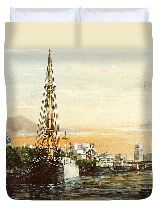 Discovery Duvet Cover featuring the painting Discovery On The Banks Of The River Thames London by Mackenzie Moulton