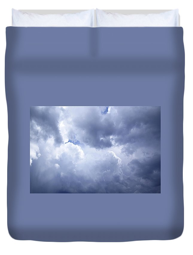 Sky Duvet Cover featuring the photograph Dramatic Cloudy Sky by Donald Erickson