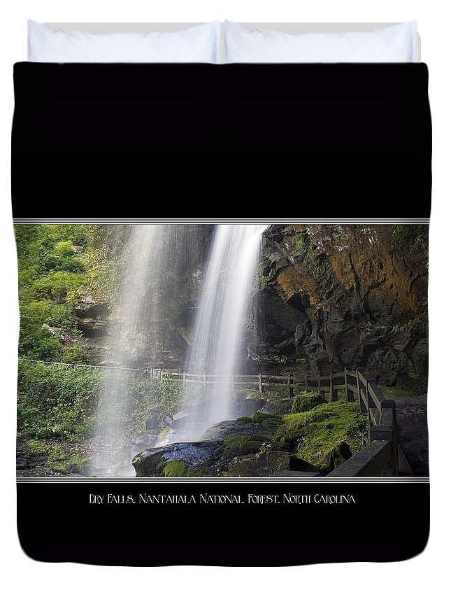 Waterfall Duvet Cover featuring the photograph Dry Falls North Carolina by Charles Beeler