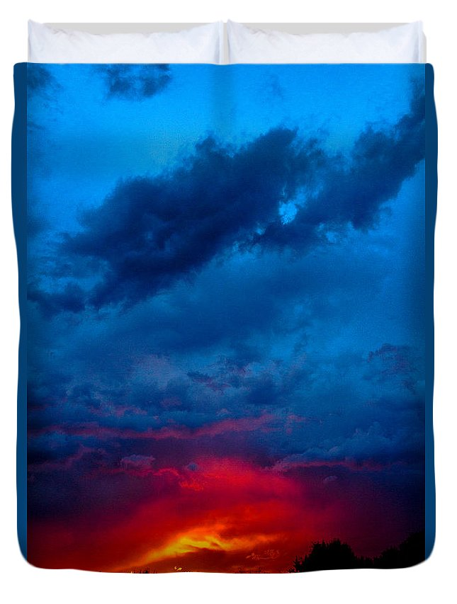 Fiery Duvet Cover featuring the photograph Fiery Sunset by Gaurav Singh