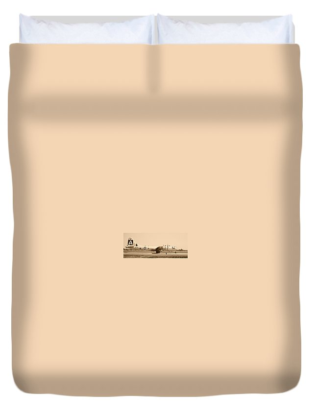 Fifi Duvet Cover featuring the photograph Fifi by Richard Booth