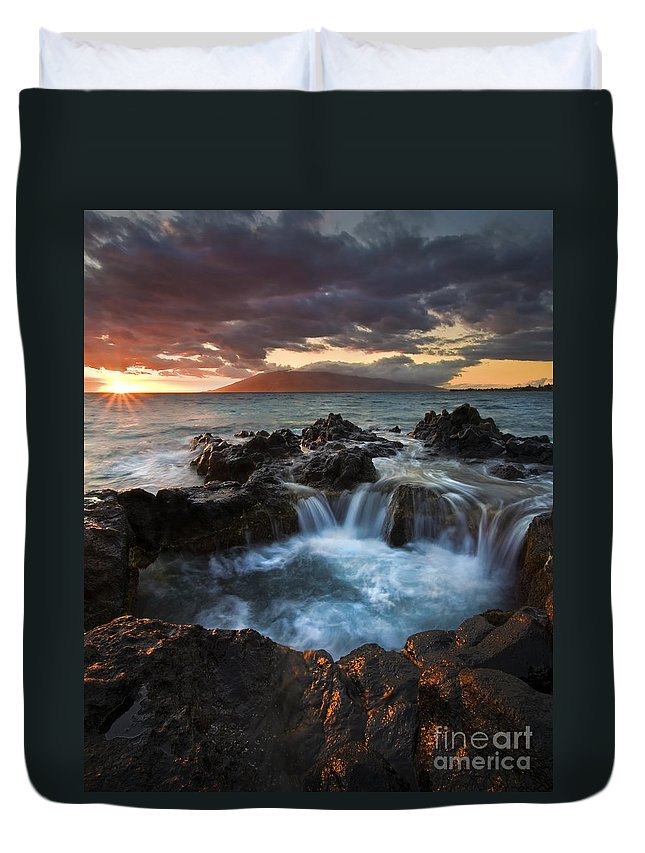 Hawaii Duvet Cover featuring the photograph Filling The Cauldron by Mike Dawson
