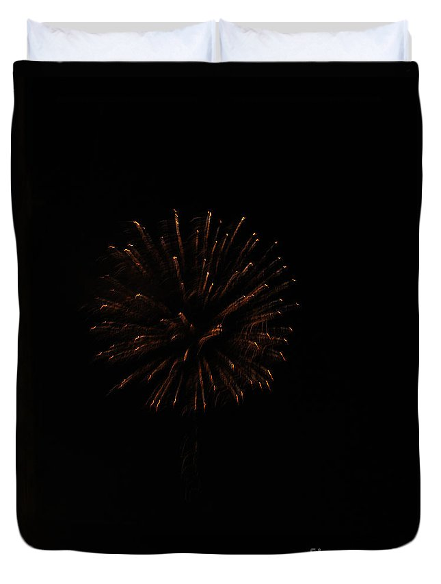 Fourth Of July Duvet Cover featuring the photograph Fourth Flicker by Jamie Smith