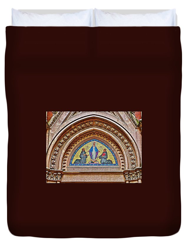 Fresco In Front Of Saint Anthony's Church In Istanbul Duvet Cover featuring the photograph Fresco In Front Of Saint Anthony's Church In Istanbul-turkey by Ruth Hager