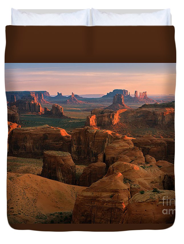 Usa Duvet Cover featuring the photograph Hunts Mesa In Monument Valley by Henk Meijer Photography