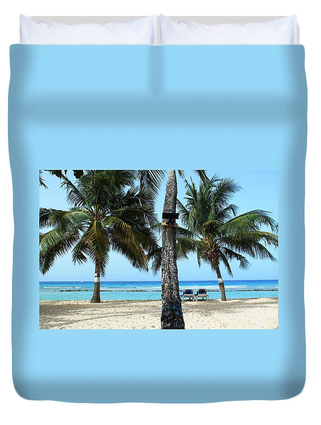 Barbados Duvet Cover featuring the photograph In The Middle by Catie Canetti