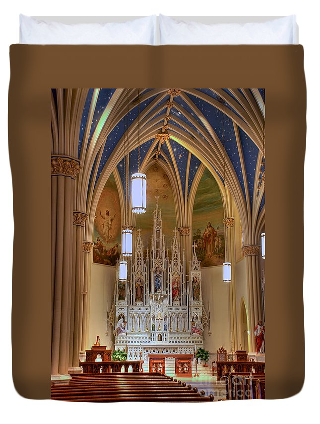 Annapolis Duvet Cover featuring the photograph Interior Of St. Mary's Church by Mark Dodd