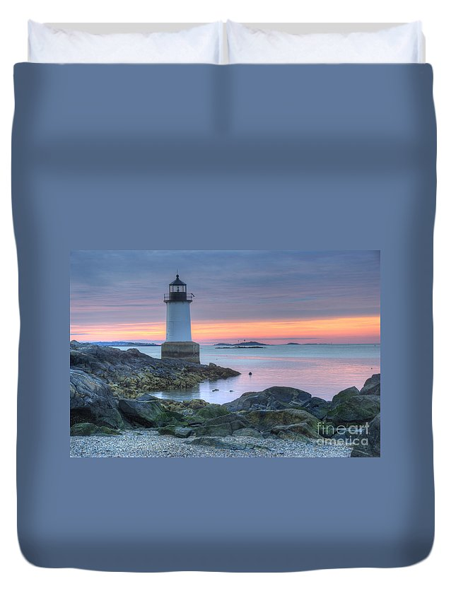 America Duvet Cover featuring the photograph Lighthouse by Juli Scalzi