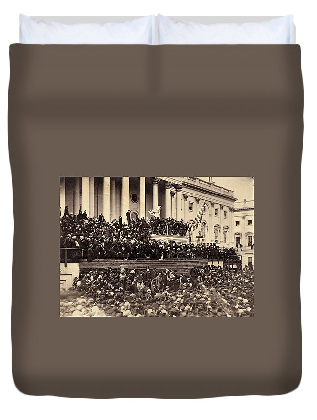 1865 Duvet Cover featuring the photograph Lincoln's Inauguration, 1865 by Granger