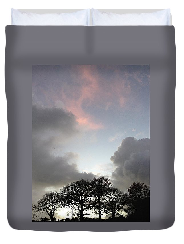 Vertical Duvet Cover featuring the photograph Morning Sky by Les Cunliffe