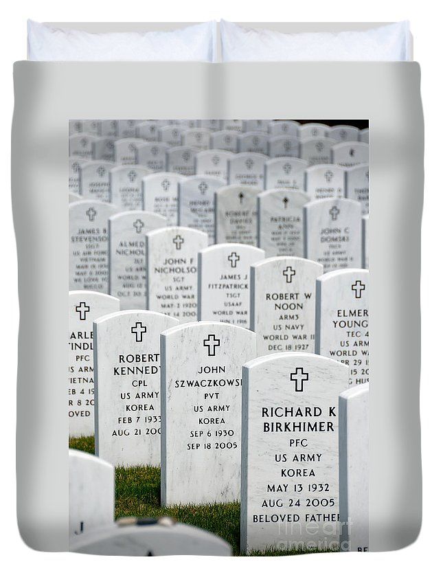 Aligned Duvet Cover featuring the photograph National Cemetery Of The Alleghenies by Amy Cicconi