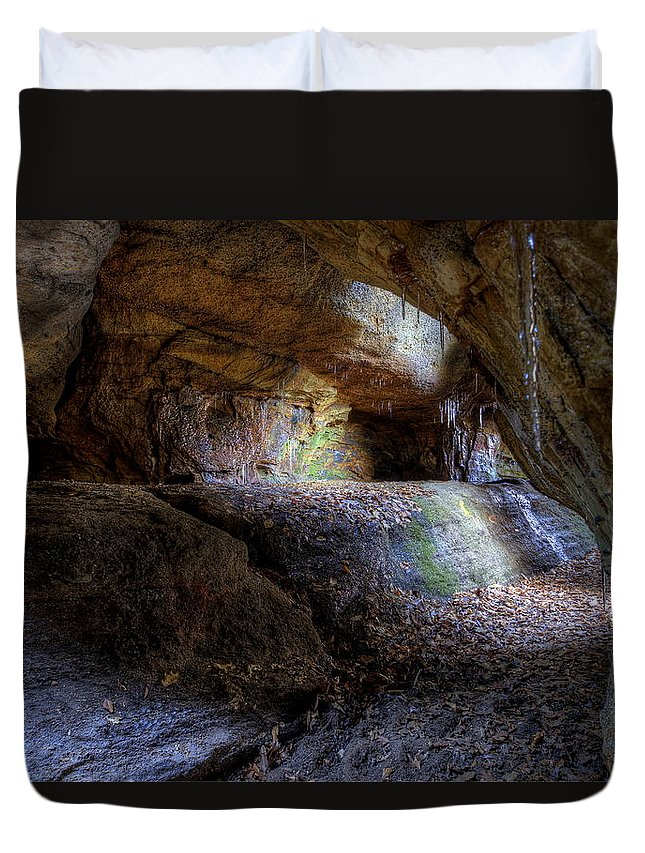 Nelson Ledges Duvet Cover featuring the photograph Nelson Kennedy Ledges by David Dufresne