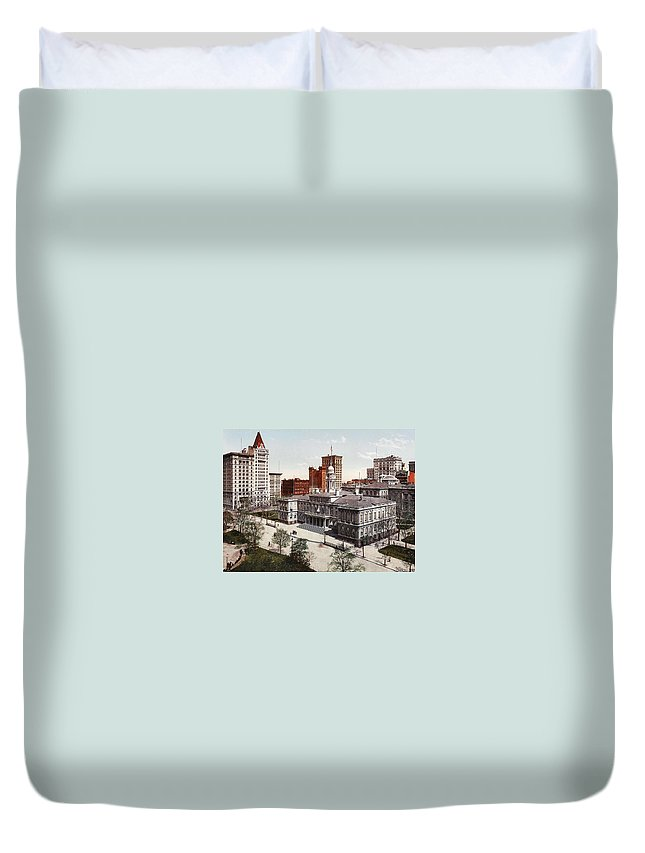 New York City Hall 1900 Duvet Cover featuring the digital art New York City Hall 1900 by Unknown