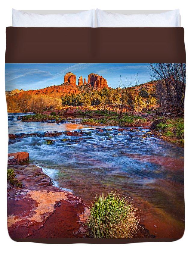 Oak Creek Duvet Cover featuring the photograph Oak Creek by Diana Powell