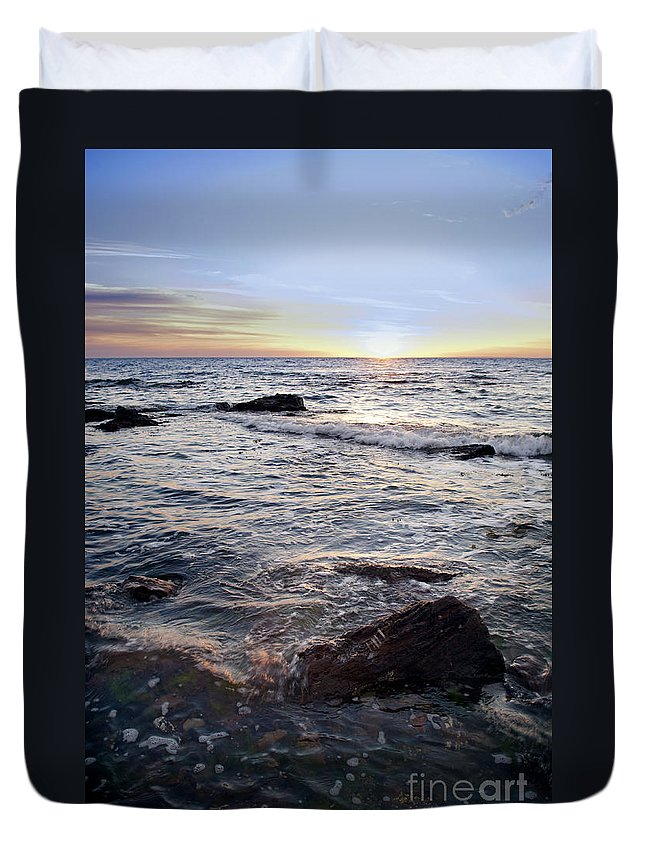 Australia Duvet Cover featuring the photograph Ocean Sunset by Tim Hester