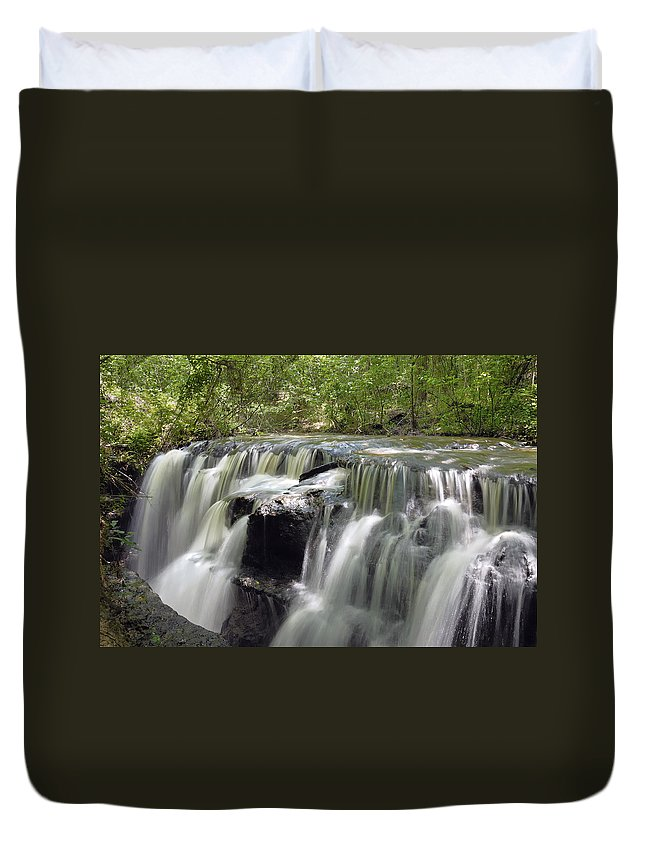 Waterfall Duvet Cover featuring the photograph Odom Creek Waterfall Georgia by Charles Beeler