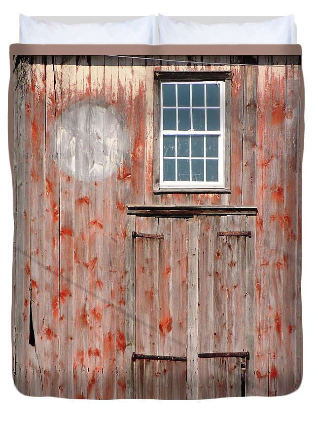 Old Barn Duvet Cover featuring the photograph Old Barn by Michele Nelson