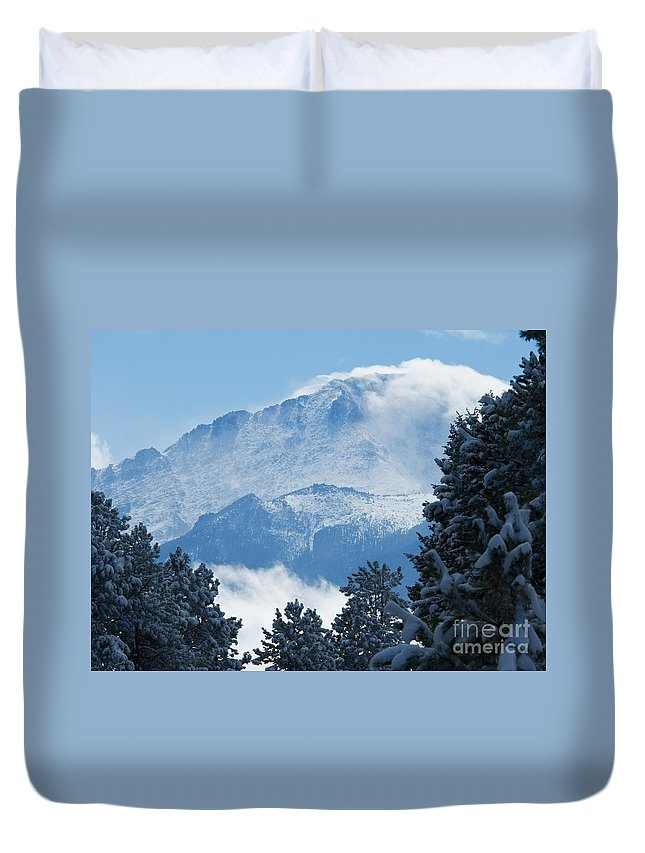 Pikes Peak Duvet Cover featuring the photograph Pikes Peak Colorado by Lee Roth