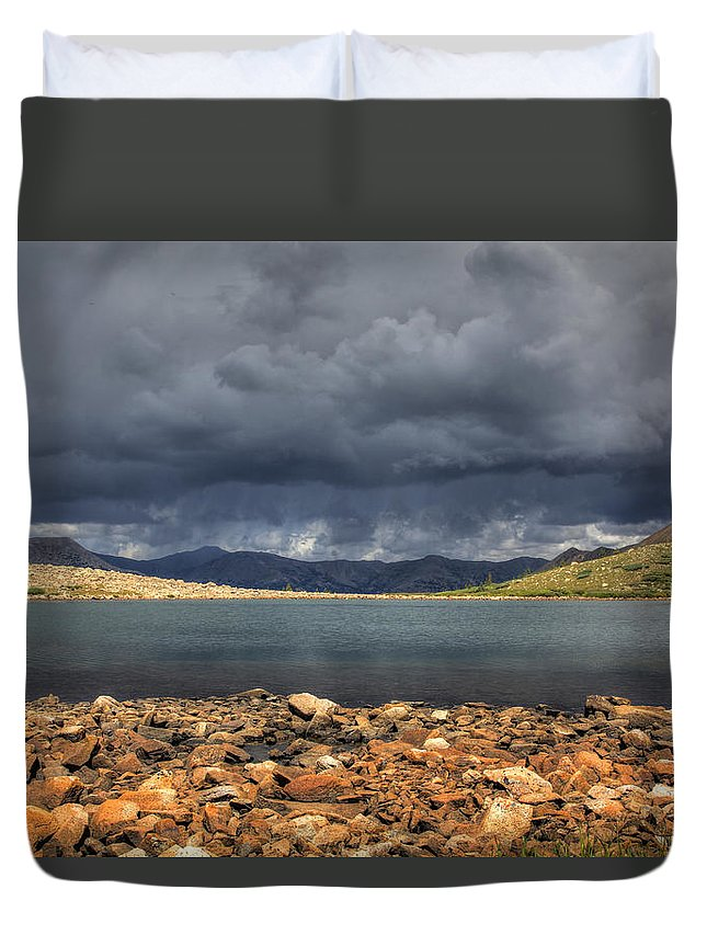 Rocky Duvet Cover featuring the photograph Pomeroy Lake by Chance Chenoweth