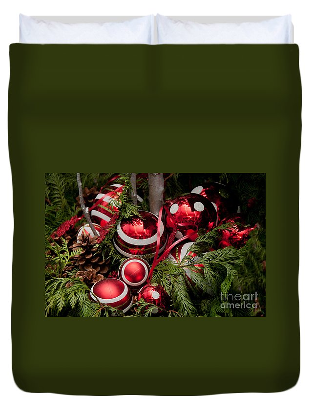 Balls Duvet Cover featuring the digital art Red Christmas Balls by Carol Ailles