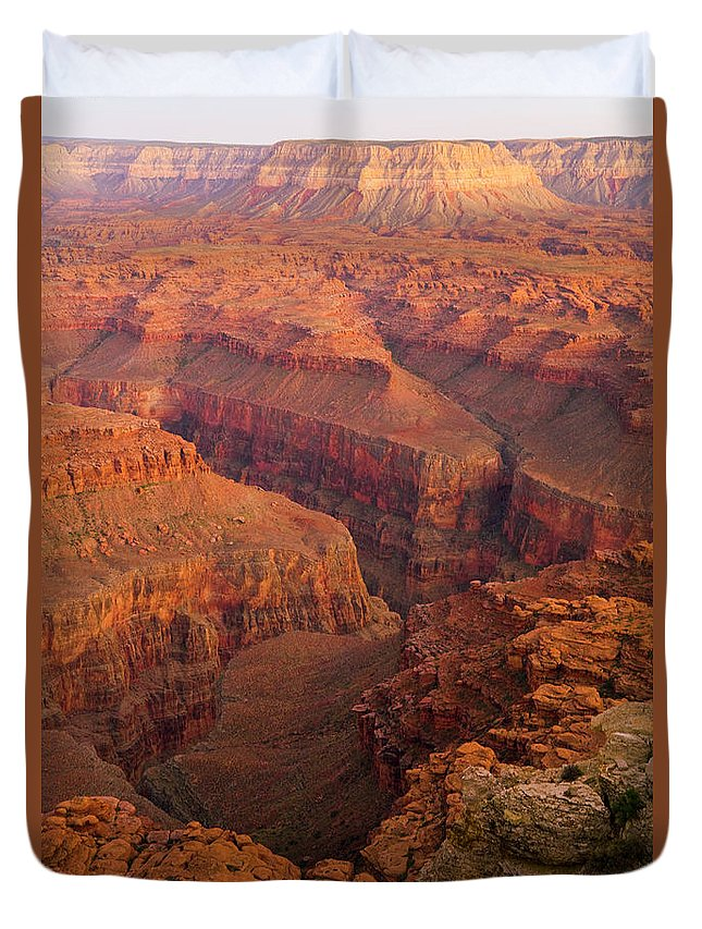 00345503 Duvet Cover featuring the photograph Grand Canyon From Kanab Point by Yva Momatiuk John Eastcott