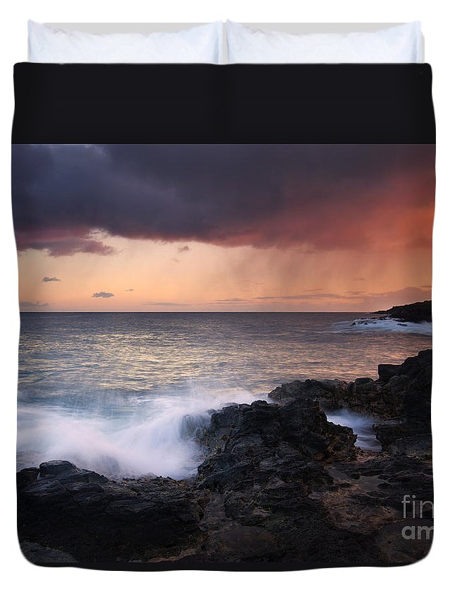 Kauai Duvet Cover featuring the photograph Red Storm Rising by Mike Dawson
