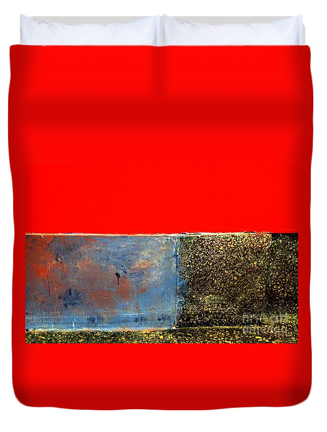 Newel Hunter Duvet Cover featuring the photograph Red Wall by Newel Hunter