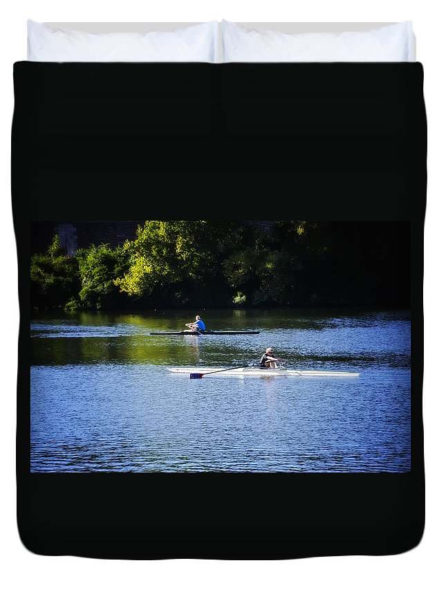Rowing Duvet Cover featuring the photograph Rowing In Philadelphia by Bill Cannon