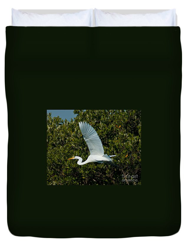 Snowy Egret Duvet Cover featuring the photograph Soaring Snowy Egret by Stephen Whalen
