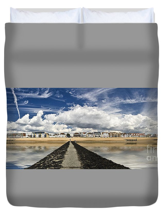 Southend On Sea Duvet Cover featuring the photograph Southend on Sea Panorama by Sheila Smart Fine Art Photography