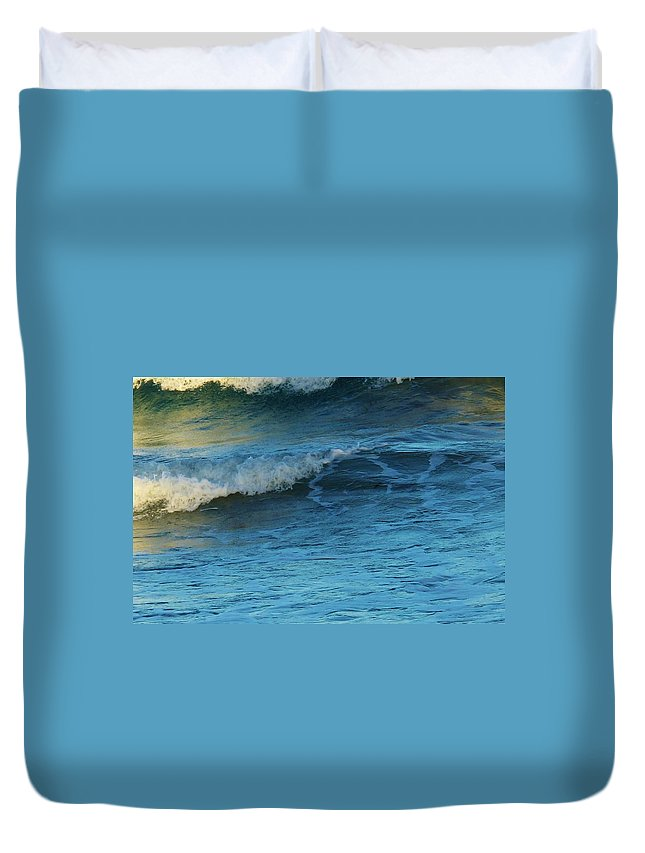 Ocean Duvet Cover featuring the photograph Steps by Ian MacDonald