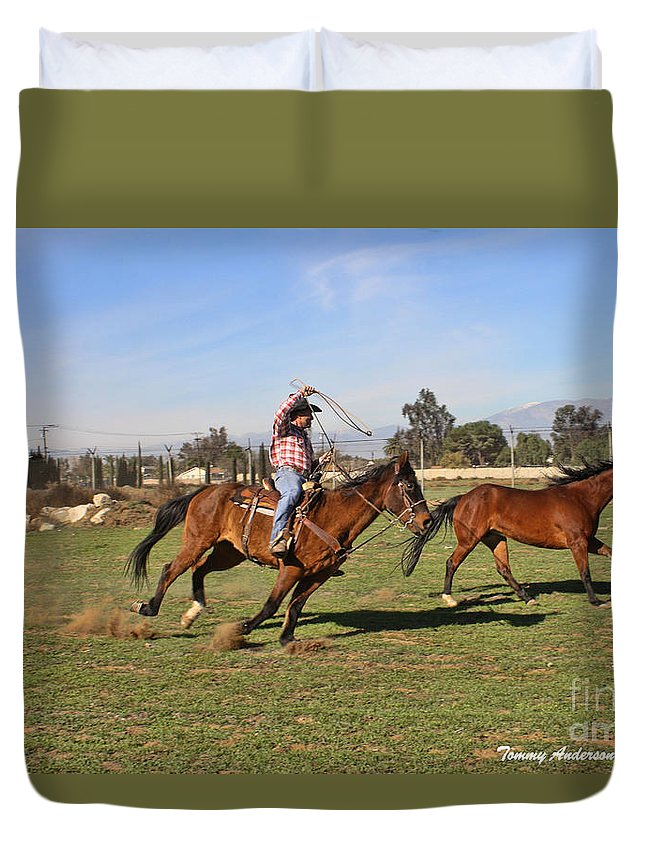 Horses Duvet Cover featuring the photograph The Chase by Tommy Anderson