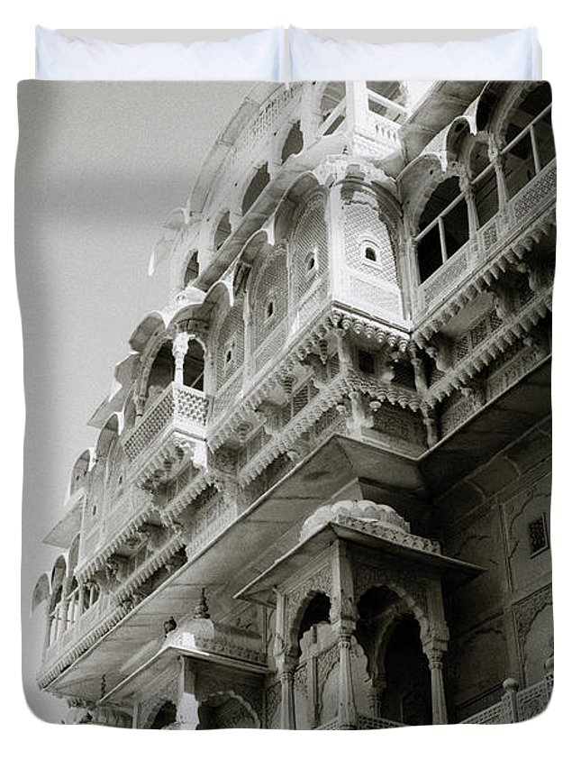 Jaisalmer Duvet Cover featuring the photograph The City Palace by Shaun Higson